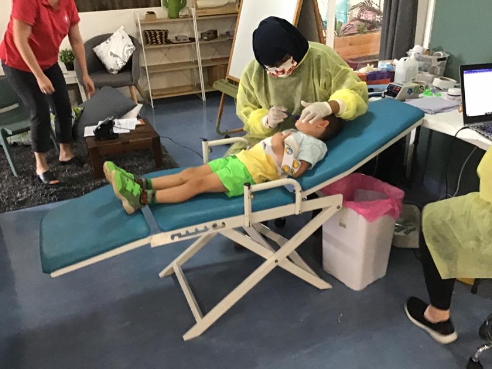 child dental visit